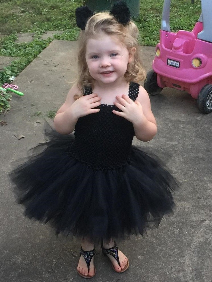 Dress up your kids in fun DIY Halloween costumes you make with everyday household items. Cue the cutest bee on the block. This costume starts with a basic black leotard and matching opaque tights. Dress up the leotard with yellow tape and adhesive letters Infant Baby Rib Long Sleeve Lap T.