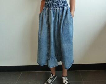 VTG 90's Acid Wash High Waist Midi Skirt with Ruffle Detail XS/S