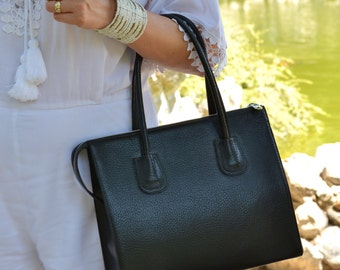 BLACK LEATHER HANDBAG, Black Leather Bag, Black Leather Tote Bag, Woman Leather Bag, Minimalist Leather Bag, Medium Leather Bag