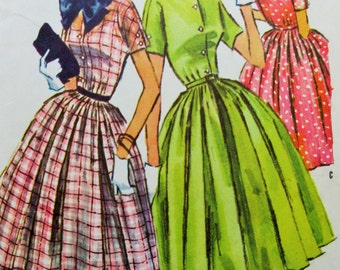 Vintage McCall's 3692 Sewing Pattern, 1950s Dress Pattern, 1950s Sewing Pattern, Bust 32, Dolman Sleeves,  Full Skirt, 1950s Fifties 50s