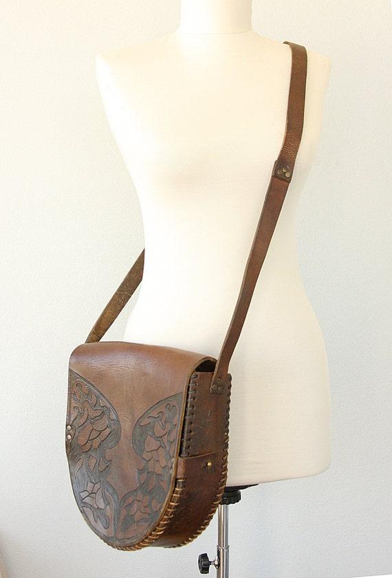 Antique leather messenger bag Large Crossbody bag Tooled leather brown vintage handbag Shoulder bag Womens Mens Unisex leather satchel bag