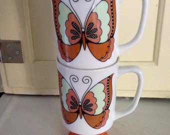 Pair of Vintage Butterfly Pedestal Mugs Marked LA Butterfly 2259  Orange and Green Retro