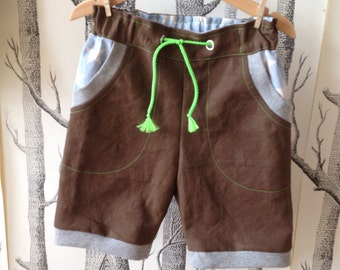Short pants/shorts made of canvas with stars for boys/boys