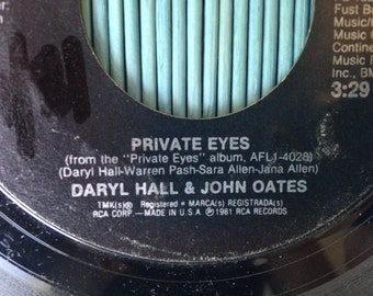 80s LP 45 Private Eyes, Hall and Oates Single Vintage eighties rock and roll Tell me what you want