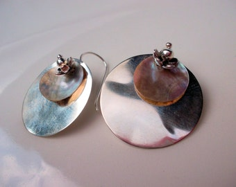 Hanging earrings 925 silver sterling silver discs pendant earrings silver mother of pearl discs