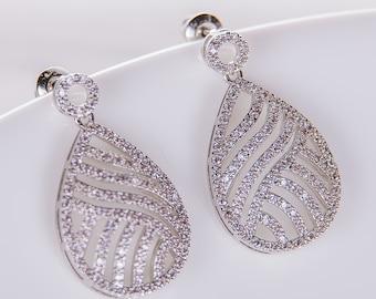 Wedding Earrings Zirconia Earrings Wedding Jewelry Bridesmaid Earrings Bridesmaid Accessories Dangling Teardrop Earrings stl172