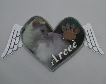 Personalized Paw Print On My Heart with Angel Wings Decoration with Picture (Gray and White)