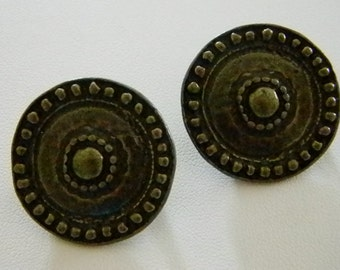 Brass Color Hammered Round Circle Clip Earrings