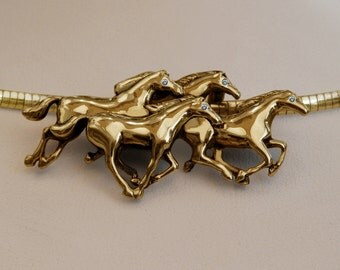 Beautiful Solid 14K Gold Running Horses Necklace With Italian Omega Chain And VS Diamond