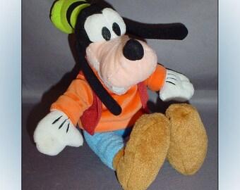 Goofy Plush Disney Stuffed Animal 1990s