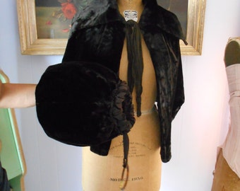 Beautiful 1910-1940's Chocolate Brown Cape/Capelet with Muff