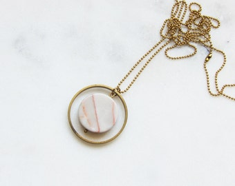CA chain marble red rose + brass