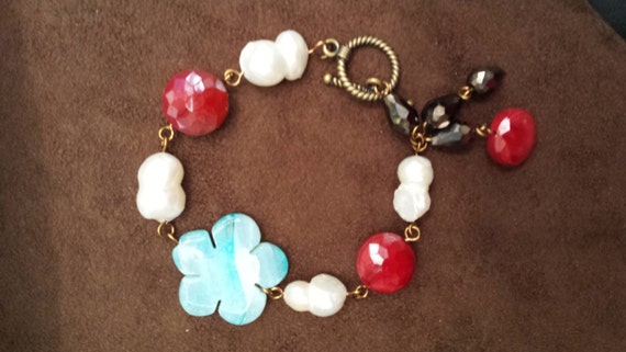 bracelet with assorted stones