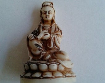 Miniature Carving of Quan Yin, Goddess of Compassion, Mianiature Carving of Asian Woman