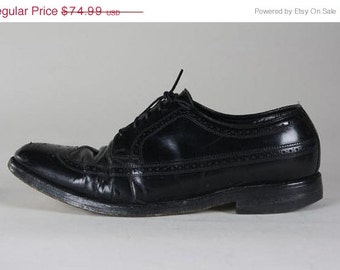 ON SALE Vintage Florsheim Black Perforated Wingtip Leather Oxford Shoes 10.5 E