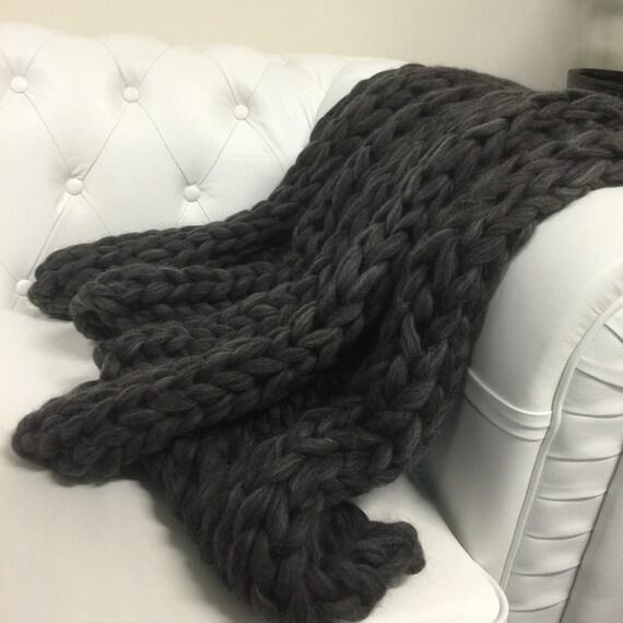 chunky knit decke holzkohle rippe von theflyinglambau auf etsy. Black Bedroom Furniture Sets. Home Design Ideas