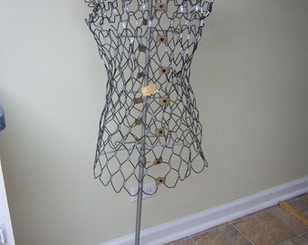 My Double wire dress form/Dritz/1960s wire dress form/Tailoring form/Shop display/Retro