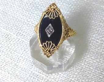 Black onyx and 14k gold Filigree ring - circa 1930