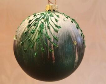 Dark Green with Dark Green Decorations #504