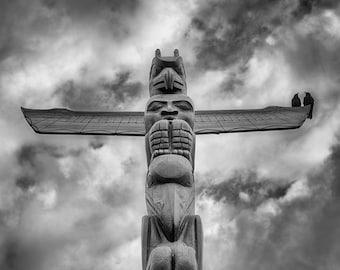 Squamish Totem Pole and Crows, Stanley Park, Vancouver – Fine Art Photograph, Vancouver Art, Vancouver Photo, Native Art