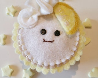 Lemon Meringue Pie , Pies with eyes, fake pies, felt pies