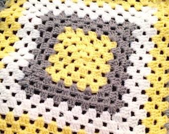 BABY Granny Square Afghan