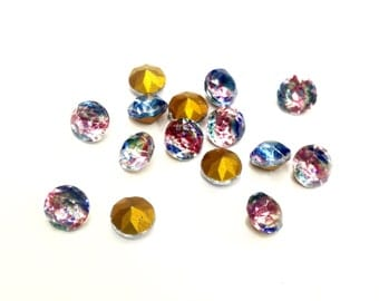 40 Pieces 6mm (28ss) Iris Chaton Glass Stones, A+ Gold Foil on Back, Vintage, Made in Western Germany