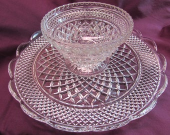 Anchor Hocking Wexford Serving Platter and Footed Bowl