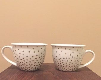 Small gold polka dot mug set