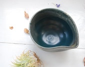 Tear Drop Dish || Ceramic Bowl