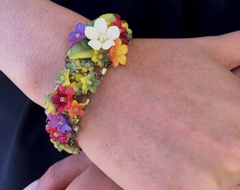 FINE FLOWER BRACELET in bright pretty colors of Fiesta by Colleen Toland