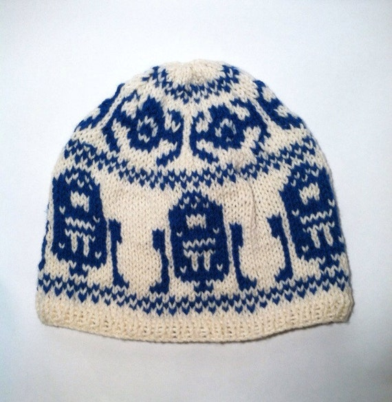 Knitting Pattern For Star Wars Scarf : Items similar to Star Wars Knit Beanie Hat on Etsy