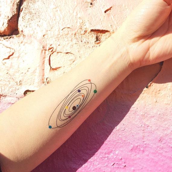 Tatouage temporaire color syst me solaire lot par tattoowhatever - Tatouage systeme solaire ...
