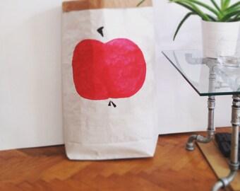Sac en papier, Paper bag, Apple painted design paperbag storage, Sac de rangement , Paper bag, Papiertüte Aufbewahrung, cadeau gift