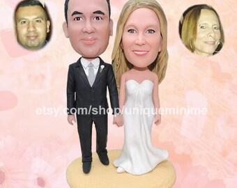 Mr and Mrs Cake Topper - Wedding Cake Topper -  Custom Bobblehead dolls