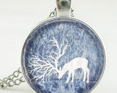 White Deer Cabochon Necklace Kits - Silver Glass Cabochon Pendant + 20 Inch Chains, Perfect for birthday gift, lover gift