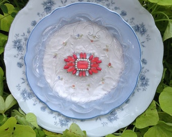 "Glass Flower Plate ""Cool Breeze"""