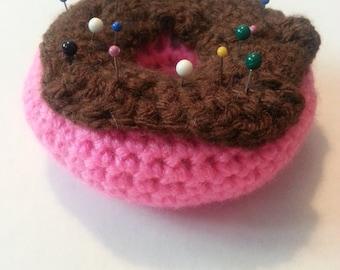 Crochet Doughnut Pincushion