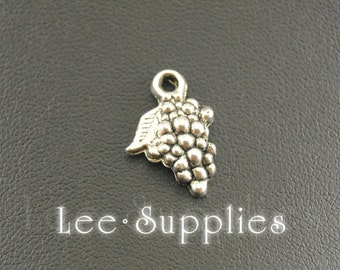 50pcs Antique Silver Alloy Bunch Of Grapes Charms Pendant A927