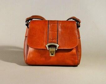 Vintage Leather Shoulderbag Camel Color