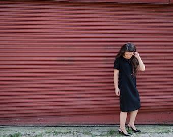 Black Dress - Leslie Fay - Size M/L