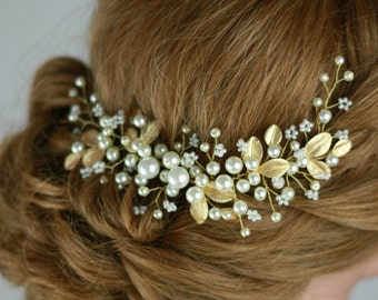 Golden leaf hair vine, vine bridal hair, bridal accessories, bridal headpiece, bridal hair piece, golden leaf, pearl hair piece and gold headpiece