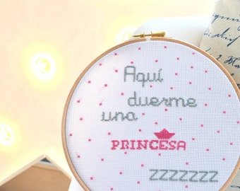 Customizable child frame hand embroidery with phrase