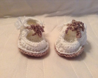 Baby Moccasins - Baby Booties - Slippers - Newborn - Infant - Baby Shower Gift - Baby Shoes - Shoes - Hand Knit Slippers
