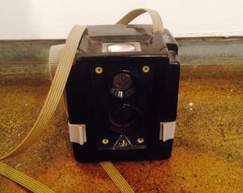 Kodak Brownie 120 Film Vintage Camera (1930s)