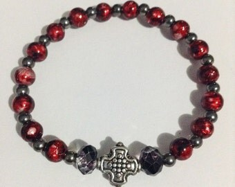 Cross charm beaded bracelet