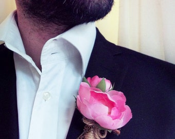 Groom's Boutonniere - Pink Ranunculus