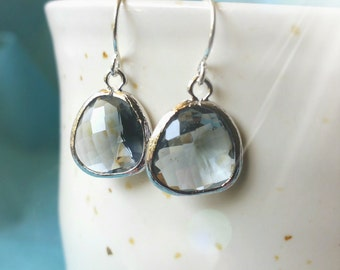 Gray earring, drop and dangle earring, crystal dangle earring, drop earring, silver earring
