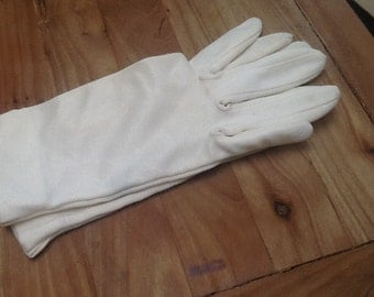 Vintage ladies white silk gloves from the 1950's