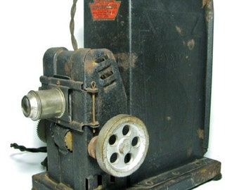 1920 Keystone MOVIEGRAPH Hand-Crank 35mm MOVIE PROJECTOR - Model 575